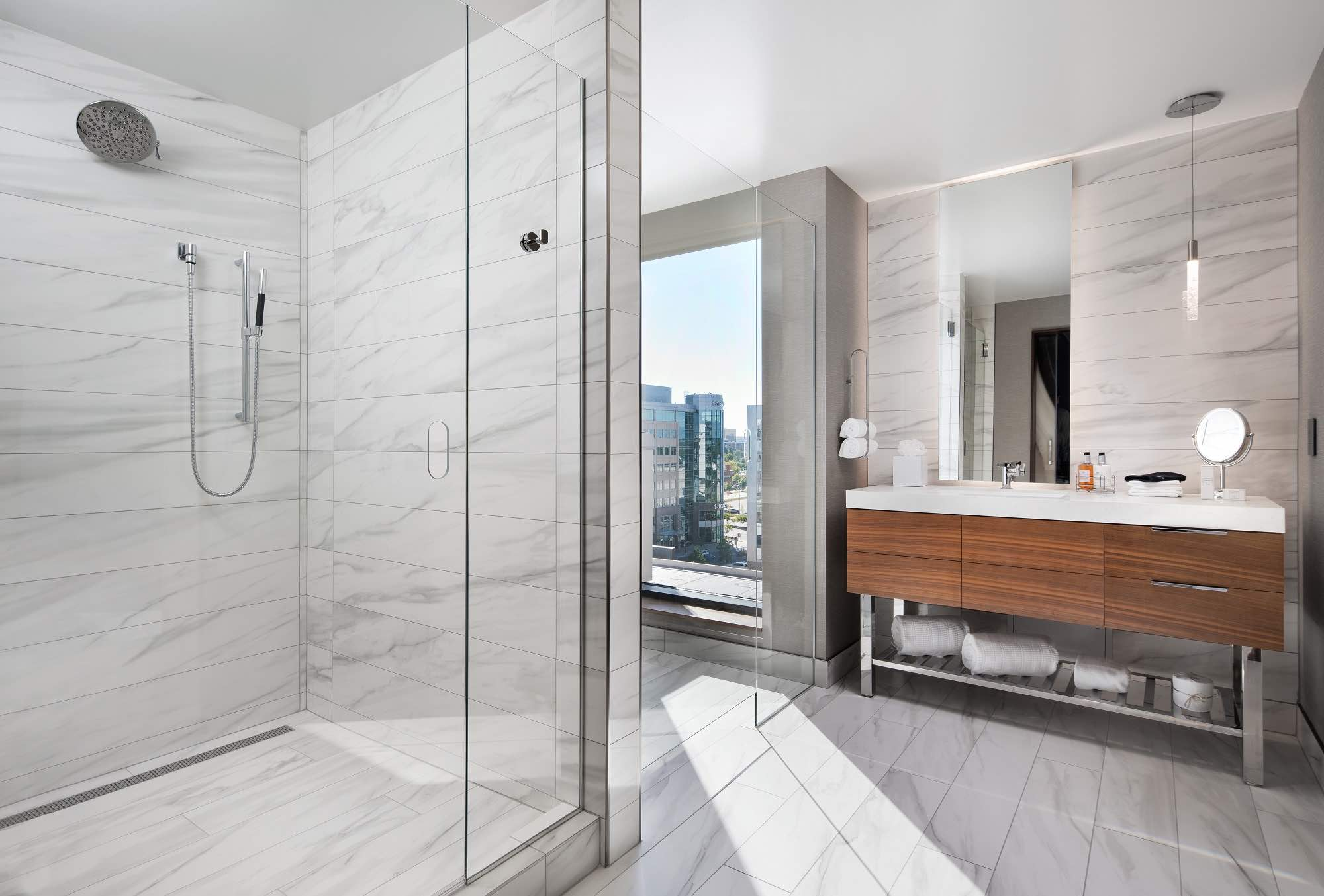 The Jacquard, Autograph Collection luxury hotels on Denver bathroom with city view